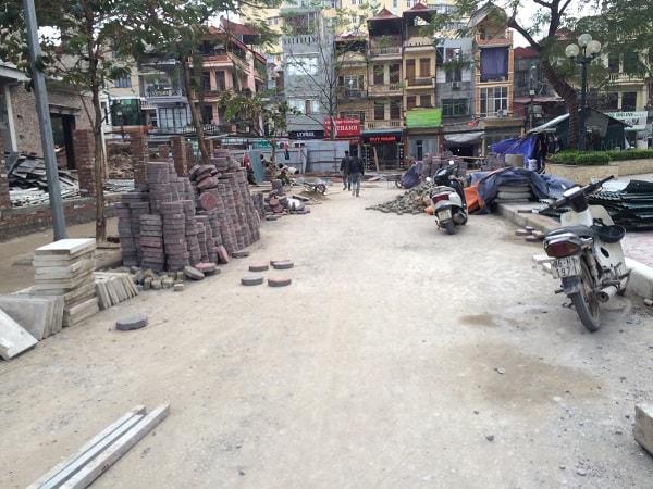 Hình ảnh công trình thi công gạch bát giác nhân vuông tại Housinco Lương Thế Vinh
